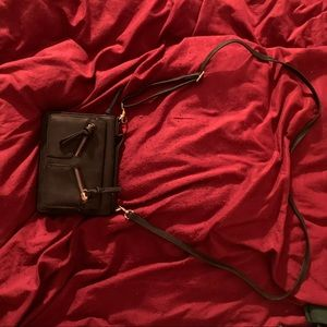 Franchesca cross body bag